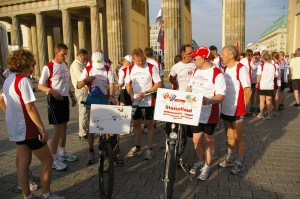 Start am Brandenburger Tor in Berlin